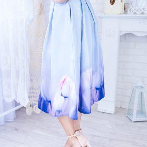 Bledomodrá midi elegantná sukňa s fialovými tulipánmi -Bledomodrá midi elegantná sukňa s fialovými tulipánmi -dlhá sukňa - dlha sukna - spoločenská sukňa - maxi sukňa - spolocenska sukna - spoločenska sukna - saténová sukňa - satenova sukna - sukňa na svadbu - dlha spolocenska sukna - sukne dlhe - sukna dlha - dlhé spoločenské sukne - dlhé letné sukne - satenove sukne - dlha satenova sukna - sukna spolocenska - maxisukňa - dlha tylova sukna - saténové sukne - dlhá saténová sukňa - slávnostná sukňa - tylova sukna dlha - dlhe sukne na svadbu - dlha sukna s rozparkom - sukne maxi - dlha elegantna sukna - cervena dlha sukna - dlha plesova sukna