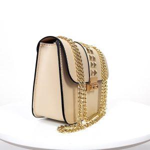 Béžová kožená kabelka so zlatým vybíjaním - listová kabelka - listové kabelky - spolocenska kabelka - kabelky do ruky - kabelka na svadbu - kabelka do ruky - clutch kabelka - clutch kabelky - kabelka na ples - plesové kabelky - spoločenská kabelka - listove kabelky na svadbu - kabelky cez rameno aj do ruky - kabelky listové - male kabelky do ruky - kabelka clutch - mini kabelky do ruky - kabelka listova - kabelky do ruky aj cez plece - spoločenské kabelky do ruky - lacné listové kabelky - štrasové spoločenské kabelky - listova kabelka do ruky - mini kabelka do ruky - kožené kabelky do ruky - elegantne kabelky do ruky - spoločenské kabelky na svadbu - damske kabelky do ruky - damske listove kabelky - slavnostna kabelka