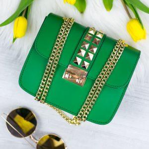 Zelená kožená kabelka so zlatým vybíjaním - listová kabelka - listové kabelky - spolocenska kabelka - kabelky do ruky - kabelka na svadbu - kabelka do ruky - clutch kabelka - clutch kabelky - kabelka na ples - plesové kabelky - spoločenská kabelka - listove kabelky na svadbu - kabelky cez rameno aj do ruky - kabelky listové - male kabelky do ruky - kabelka clutch - mini kabelky do ruky - kabelka listova - kabelky do ruky aj cez plece - spoločenské kabelky do ruky - lacné listové kabelky - štrasové spoločenské kabelky - listova kabelka do ruky - mini kabelka do ruky - kožené kabelky do ruky - elegantne kabelky do ruky - spoločenské kabelky na svadbu - damske kabelky do ruky - damske listove kabelky - slavnostna kabelka